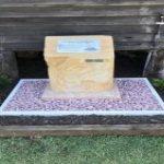 img-Sandstone Block With Desk